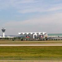 Flughafen vom Besucherhügel
