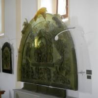 Dobra Voda - Glas Relief in der Kirche